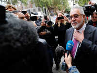 Vijay Mallya says he met FM Arun Jaitley before he left India
