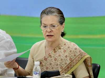 Sonia Gandhi determined to rebuild Congress, consults close party leaders