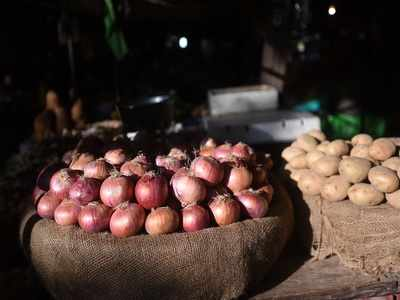 Monsoon fury: Onion prices double in parts of Karnataka