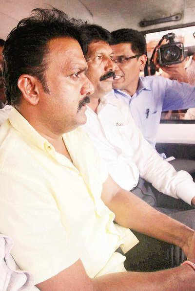 CID nabs Kadam at Kalyani Nagar hotel