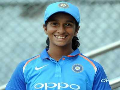 Cricketer Jemimah Rodrigues impresses teammates with her singing skills