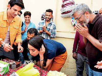 Shraddha Kapoor rings in her birthday with three cakes