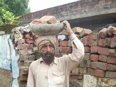 Tatya Tope's descendants run grocery shop, Udham Singh's reduced to daily wage labourers