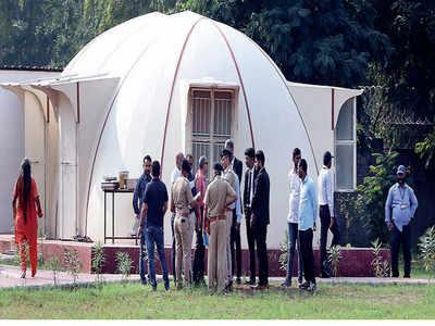 Father alleges detention of 3 kids in godman Nithyananda's Ahmedabad ashram
