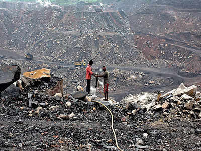 Ministry tells Shah ample coal is available