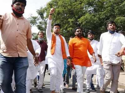 Hyderabad: Tejasvi Surya and supporters remove barricades, enter Osmania University