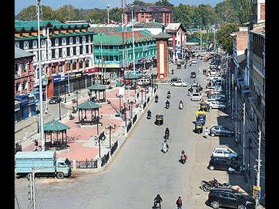 J&K admin frees 3 detained politicians