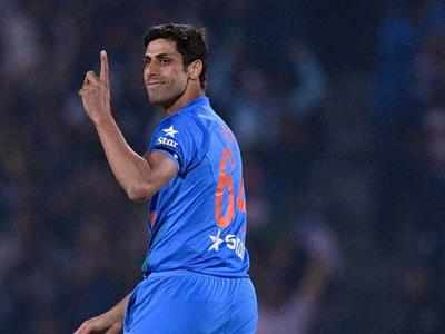 India vs New Zealand 2017: Ashish Nehra plays last match at Delhi's Ferozshah Kotla stadium