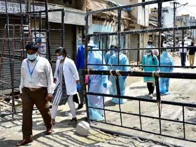 Padarayanapura corporator Imran Pasha, who tested Covid-positive, admitted to Victoria Hospital