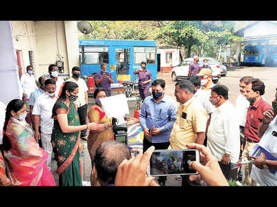 All safety norms flouted at PMPML celebration amid rising COVID cases