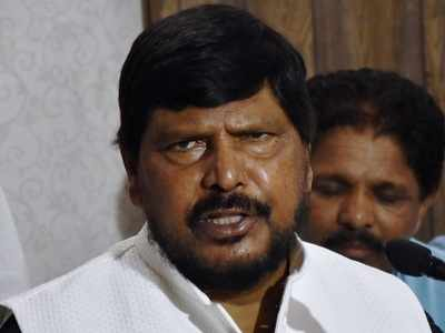 Shiv Sena-Congress-NCP govt is like 3-wheeler auto-rickshaw, won't last long: Ramdas Athawale