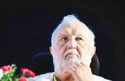 Vijaypat Singhania asks estranged grandkids to forget about his estate