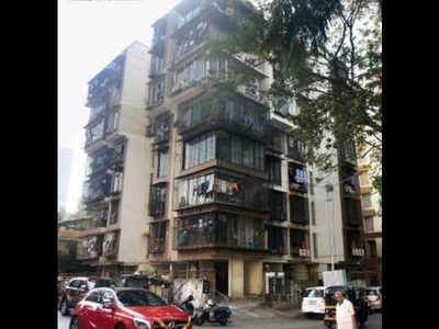 Man plunges to death from building terrace