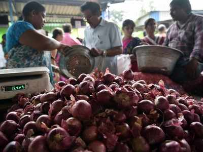 Andhra Pradesh: 60-year-old man dies of stroke in queue for onions in Gudivada town