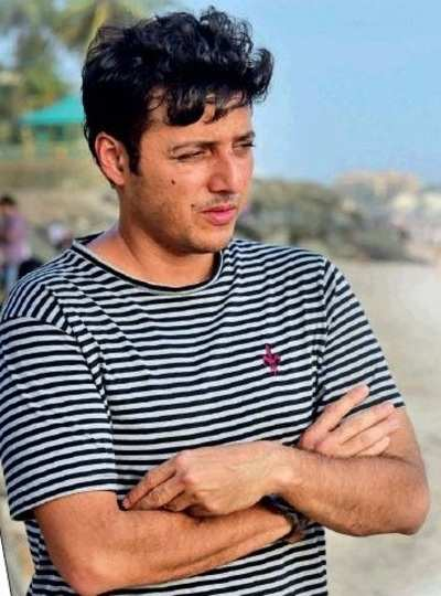 "Versova Beach Clean up suspended; Afroz Shah says, ""I wanted to do something for the country. But I have been defeated"""