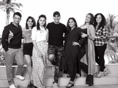 Akshay Kumar to reunite with R Balki for Mission Mangal starring Taapsee Pannu, Sonakshi Sinha, Vidya Balan among others