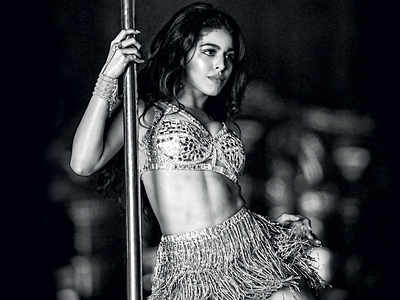 Chance to dance: With no director to call the shots, Ananya Panday, Alaya F, Kriti Kharbanda, and other B-Town ladies choreographed their own moves during the lockdown