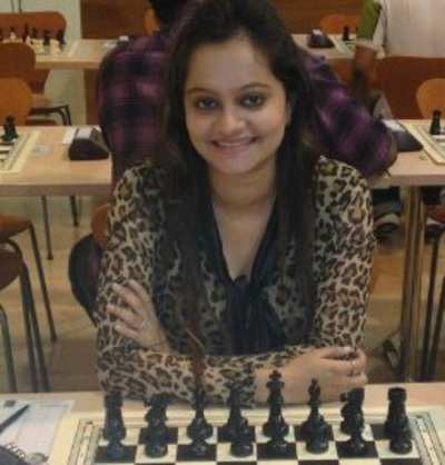 Gujarat's first female international chess master Dhyani Dave alleges gender bias by the state government