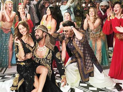 Pulkit Samrat, Kriti Kharbanda and Anil Kapoor shoot an Arabian Nights-themed song for Pagalpanti