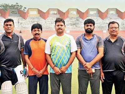 Women mayors have all-men cricket teams