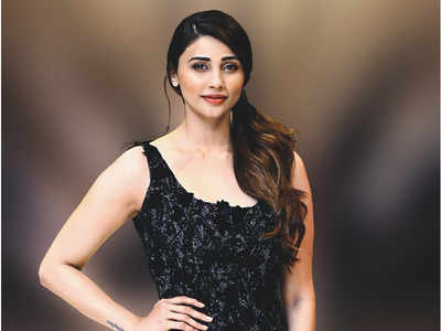 Daisy Shah to make her debut in Gujarati film