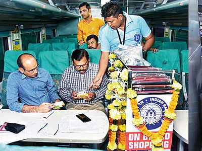 You will soon be able to buy cosmetics, confectionery, laptop and mobile accessories inside Churchgate-Virar AC local train