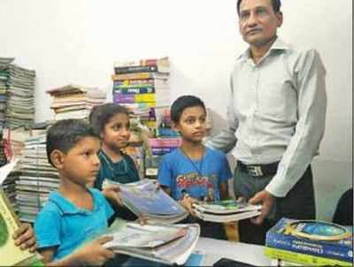 Delhi-based Anil Agarwal sets up 'book banks' for underprivileged students