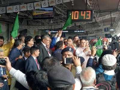 Railway Unions protest privatisation, Piyush Goyal skips Ahmedabad-Mumbai Tejas train's flag-off