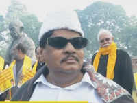 TDP MP Naramalli Sivaprasad dresses up as MG Ramachandran to demand special status for AP