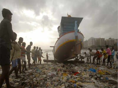 Tamil Nadu: Over 3,000 fishermen chased away by Lankan Navy