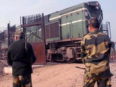 Pakistan suspends Samjhauta Express services, decides not to screen Indian movies