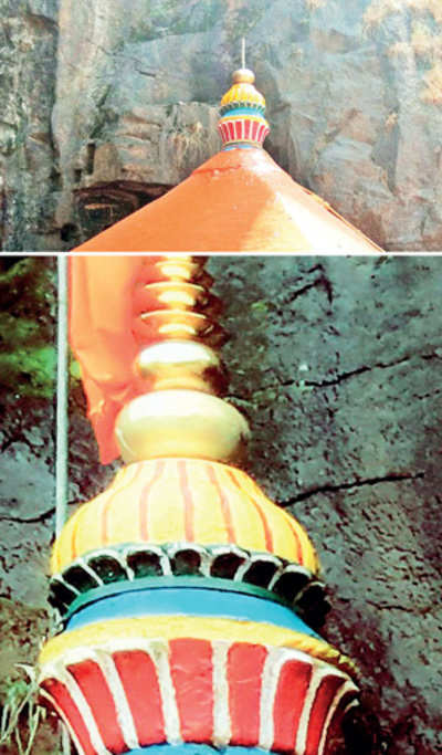 Temple's stolen dome sparks quarrel over its fabrication