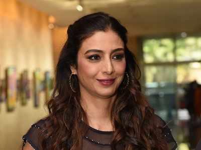 Tabu starts shooting for Telugu film with Allu Arjun
