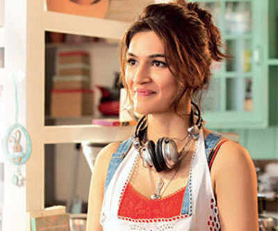 Kriti Sanon decorates new home with the help of Sushant Singh Rajput's interior decorator