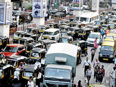 Cabs, autorickshaws to soon have rooftop 'status updates'