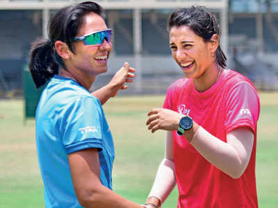 Harmanpreet Kaur, Smriti Mandhana write to BCCI in support of coach Ramesh Powar