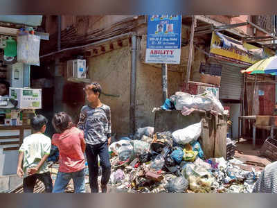 Garbage keeps candidates away from Kurla East? Residents say neither MP Poonam Mahajan nor Priya Dutt has campaigned in the ward