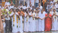 AIADMK members perform 'puja' for rain in Meenakshi Temple
