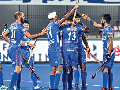 Indian hockey team overpowers South Africa