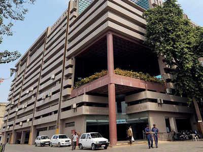 AMC seals six hospitals for failing to obtain NOCs
