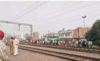 New Delhi: 3 men killed while trying to cross railway tracks at Nangloi