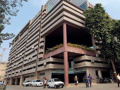 Ahmedabad Municipal Corporation spends Rs 1.55 crore on invitation cards
