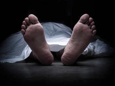 Taxi driver dies of heart attack while chasing phone snatchers
