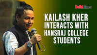 Kailash Kher interacts with Hansraj College students