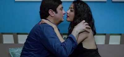 Film review: Kaagaz Ke Fools