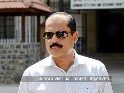 Sachin Vaze probe: NIA raids Mumbai eatery in connection to Mukesh Ambani bomb scare