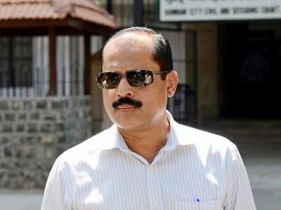 Mumbai: Suspended, murder-accused cop Sachin Vaze dismissed from police service
