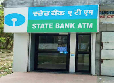 Karnataka: Another complaint of torn ATM notes