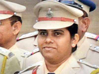 Pimpri-Chinchwad DCP takes on her boss after erroneous transfer
