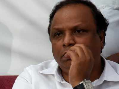 Ashish Shelar slams BMC, govt; asks when will Mumbai be Corona-Free